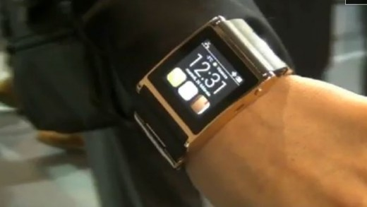 Smart_watch_MWC2013_0.JPG